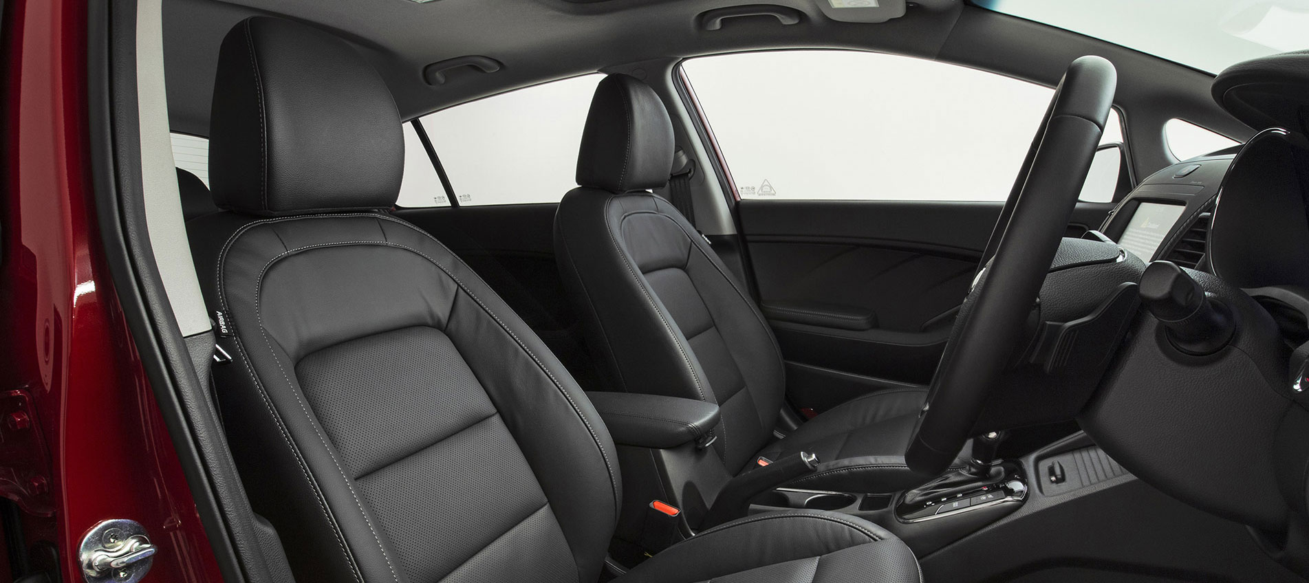 Kia Cerato Hatch Image 3