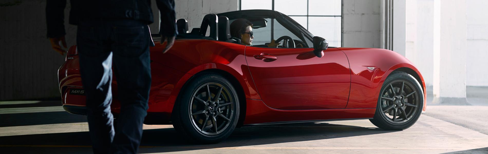 Mazda MX-5 Image 2