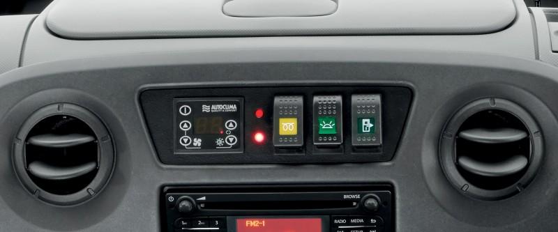 Renault Master Bus Image 11