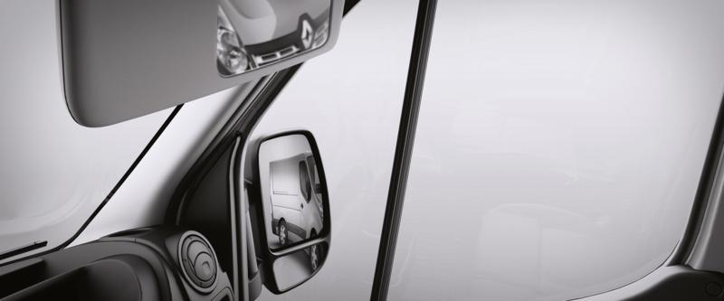 Renault Master Van Image 13